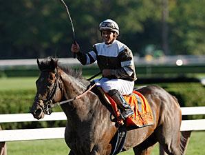 Afleet Express wins the 2010 Travers.