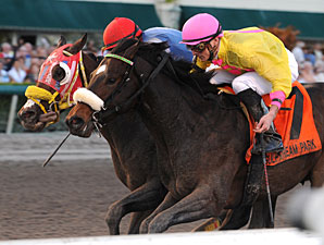 Ancient Rome wins the 2011 Spectacular Bid.