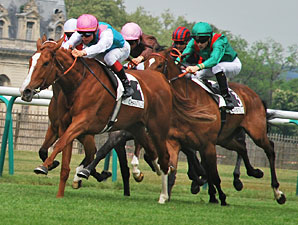 Announce wins the Group 111 Prix Allex in France.