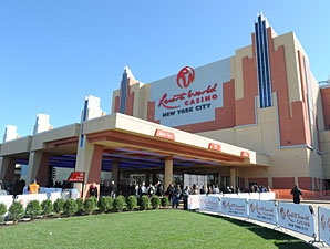 Report Shows Benefit of Aqueduct Casino