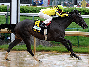 Aubby K wins the Humana Distaff at Churchill Downs.