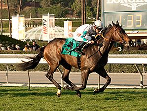 Avanzare wins the 2015 Arcadia Stakes.