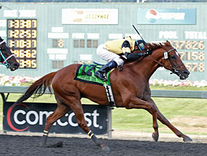 Awesome Gem Sparkles Anew in Longacres Mile