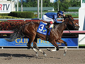 Best Behavior wins the 2014 Glass Slipper Stakes.