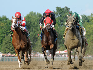 Bigger Is Bettor wins the 2013 Evan Shipman Stakes.