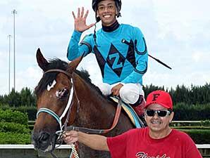 Bolita Boyz wins the 2014 Unbridled Stakes.