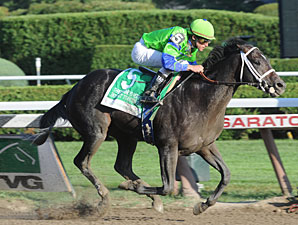 Boys At Tosconova wins the 2010 Hopeful.