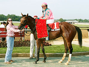 Caleb's Posse wins the 2011 Ohio Derby.