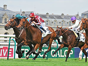 Charm Spirit wins the Prix Jean Prat.