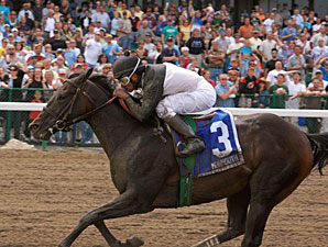 Congressional Page wins the 2010 Decathlon Stakes.
