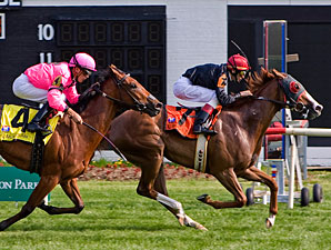 Consequence wins the 2009 American 1000 Guineas.