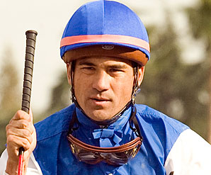 Nakatani Breaks Collar Bone in Fall