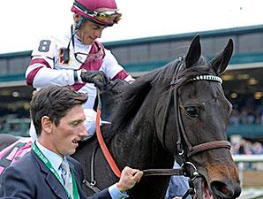 Crown Queen wins the 2014 Queen Elizabeth II.