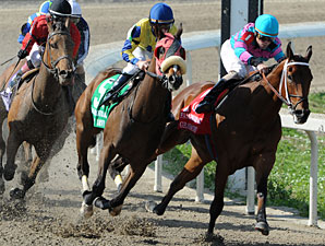 Oaks-Bound Fillies Work at Churchill