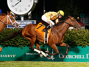 Departing wins the 2015 Firecracker Stakes.
