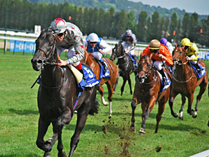 Dabirsim Charges to Victory in Prix Morny