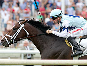 Divine Oath wins the 2014 American Derby.