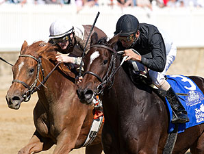 Doing Great (right) wins the 2010 Maryland Million Lassie.
