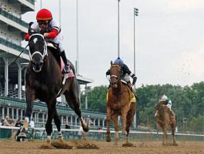 Dubai Majesty wins the 2010 Winning Colors.