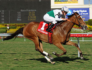 Dynamic Holiday Wins 4th Straight in 'Bride