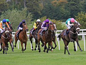 Emulous Flies to Victory in Matron Stakes
