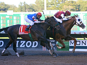 Etched wins the 2010 Monmouth Cup.