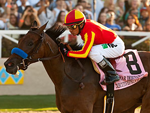 Executiveprivilege wins the 2012 Del Mar Debutante.