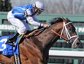 Exhi wins the 2010 Rushaway.
