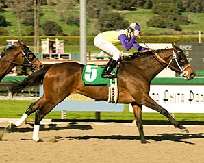 Final Fling sweeps to an upset win in the Santa Ysabel Stakes.