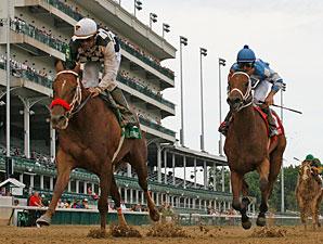 Flashy Lassie wins the 2011 Debutante