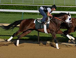 Flying Private works at Churchill Downs on April 27
