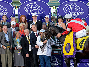 Fort Larned wins the 2012 Breeders' Classic.