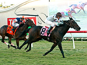 Full Ransom wins the 2015 Kathryn Crosby Stakes.