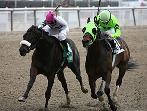 Gantry (pink cap) wins the 2012 F. W. Gaudin Memorial.
