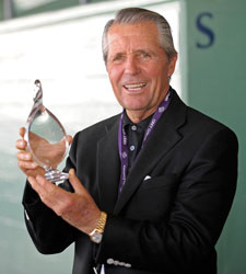 Gary Player to Owners: Race...Don't Hide Them
