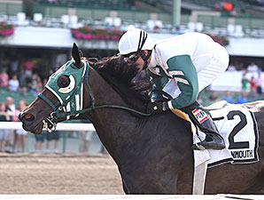 Geeky Gorgeous wins the 2014 Regret Stakes.