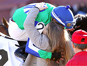 Gentlemen's Bet wins the 2015 Hot Springs Stakes.