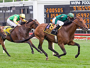 Gio Ponti Much the Best in Arlington Million