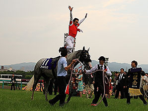Gold Ship wins the 2014 Takarazuka Kinen.