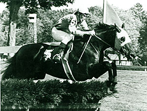 Top 'Chase Rider Aitcheson Dies at Age 85