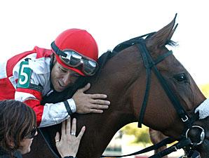 Havre de Grace wins the 2010 Fitz Dixon Cotillion.