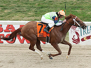 Hip Four Sixtynine wins the Sam's Town Stakes.