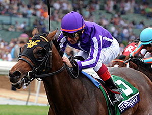 Hootenanny wins the 2014 Breeders' Cup Juvenile Turf.