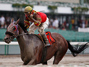 Hop Skip And Away wins the 2010 Colts Neck Handicap.