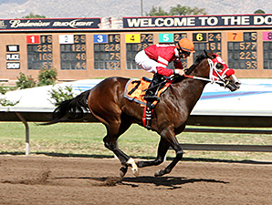 Indy's Rocket wins the 2012 George Maloof Futurity.