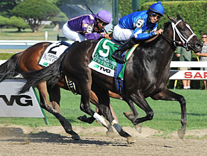 It's Tricky Puts Away Plum Pretty in CCA Oaks