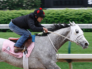 Joyful Victory works towards the 2011 Kentucky Oaks.