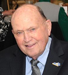 Julian 'Buck' Wheat, Churchill Icon, Dies
