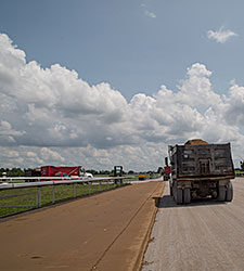 Keeneland Begins Installation of Dirt Surface