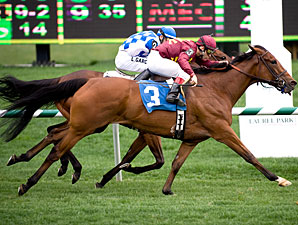 Lady Digby wins the 2008 Dahlia Stakes